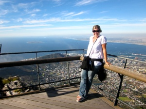 Pammy on Table Mountain on a perfect day!